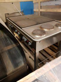 Kogebord med 4 masseplader og 3 runde zoner (fra fjernlager)