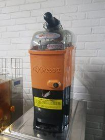 Appelsinpressor, AAT Expressa, DEMOMODEL